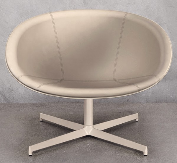 Gliss Lounge 361 chair from Pedrali, designed by Dondoli and Pocci