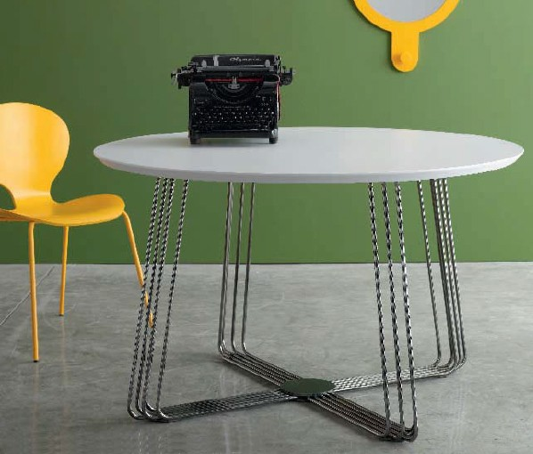 Octupus Round dining table from Doimo