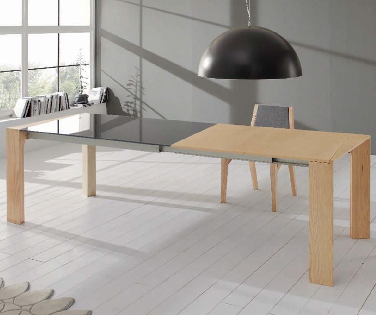 Oblik dining table from Doimo