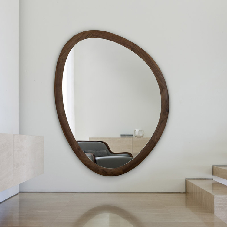 Giolo mirror from Porada, designed by E. Garbin - M. Dell'Orto