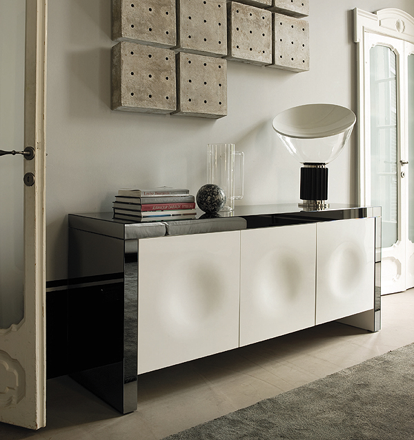 Empire cabinet from Porada, designed by Gino Carollo