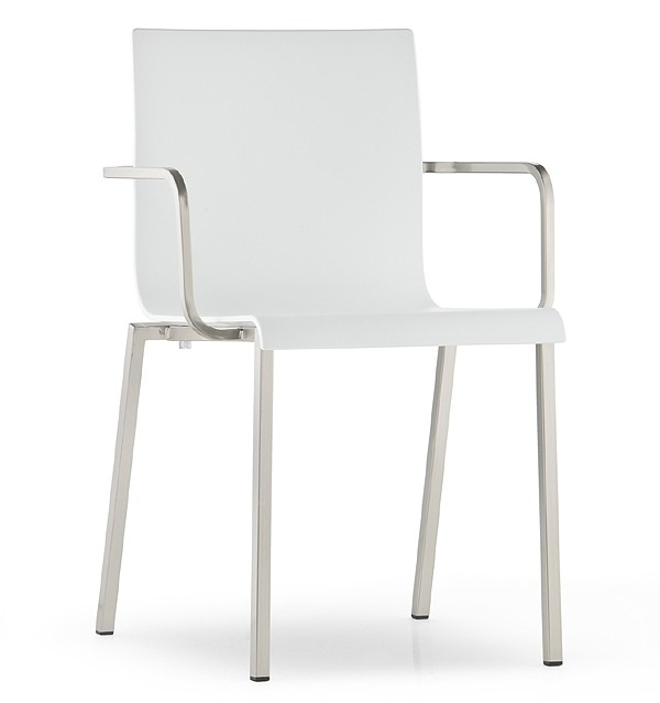 Kuadra XL 2402 chair from Pedrali, designed by Pedrali R&D