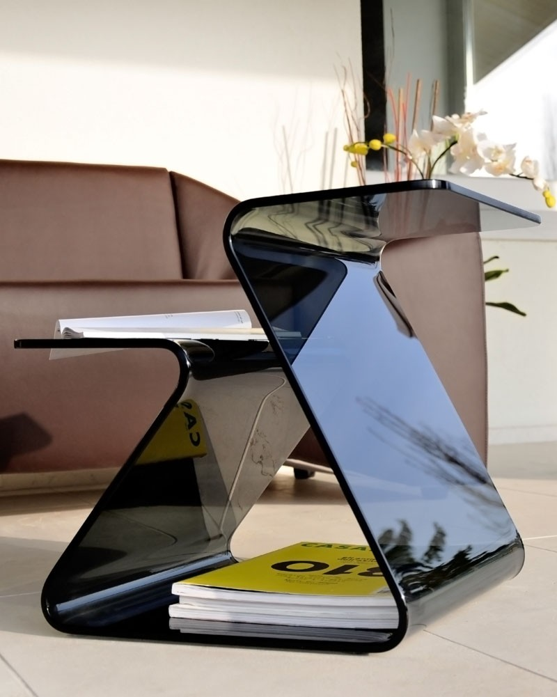 Level end table from Unico Italia