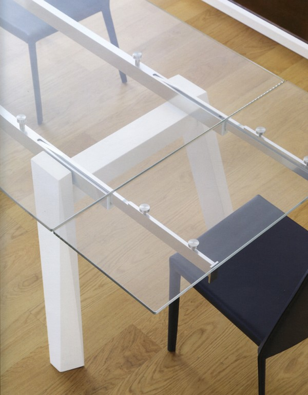 Trick Extending dining table from Doimo