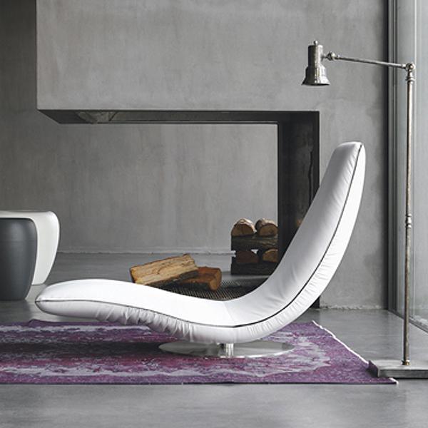 Ricciolo 7865 lounger from Tonin Casa