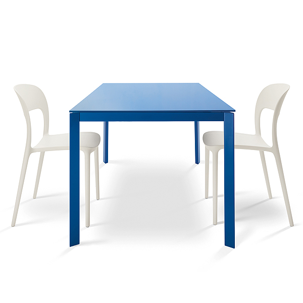 Dublino dining table from Bontempi