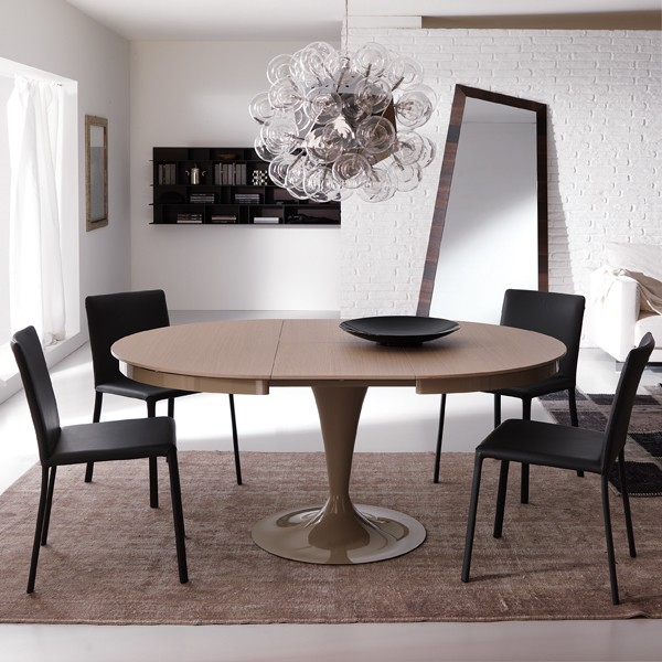 Eclipse Legno T315 dining table from Ozzio