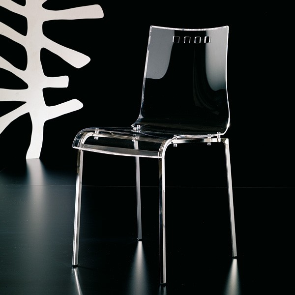 Smile S026 chair from Ozzio