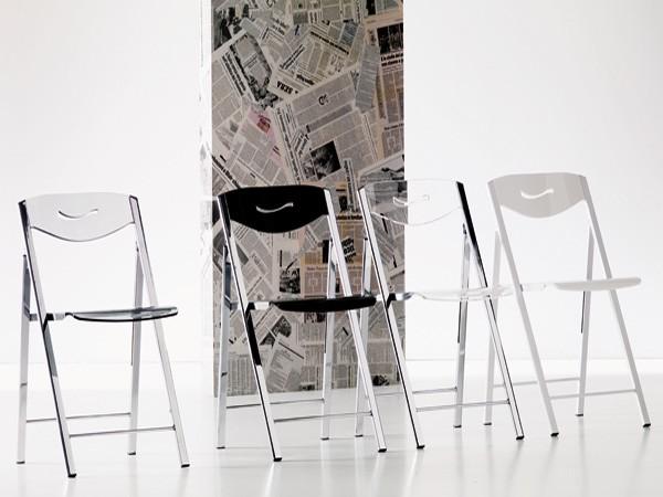 Ripiego S215 chair from Ozzio