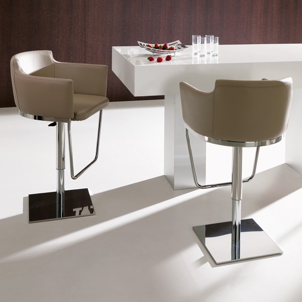 Gerry S540 stool from Ozzio