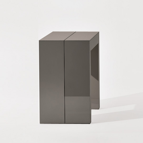Glass T036 console table from Ozzio