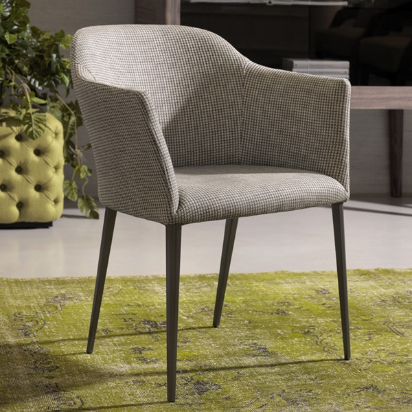 Grace lounge chair from Porada, designed by Gino Carollo