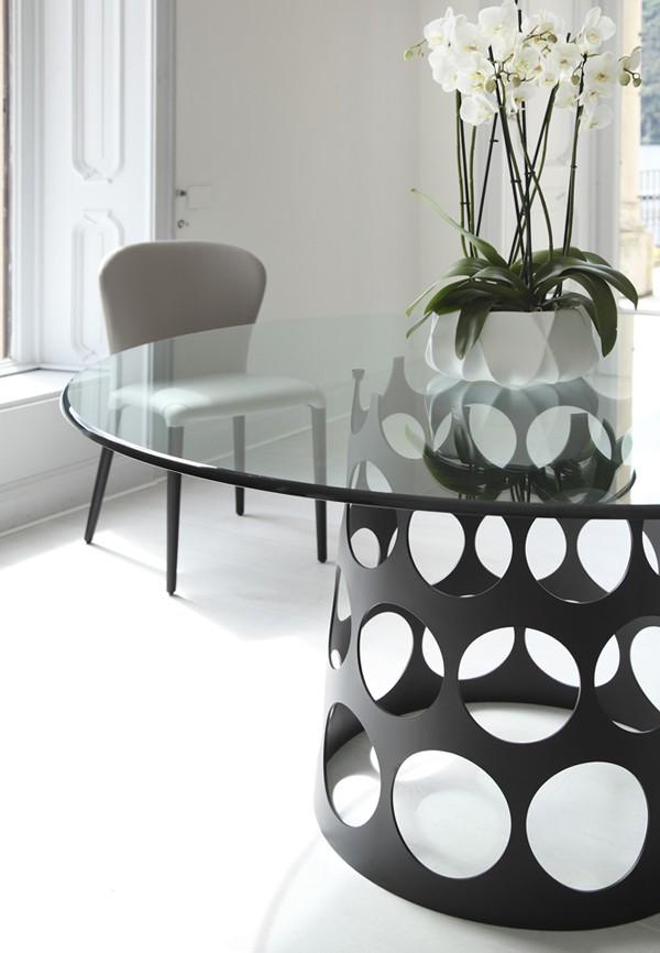 Jean Tondo C dining table from Porada