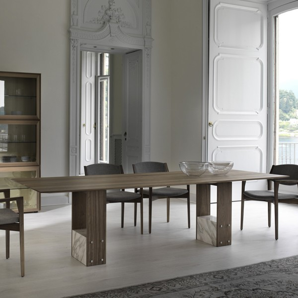 Shani dining table from Porada