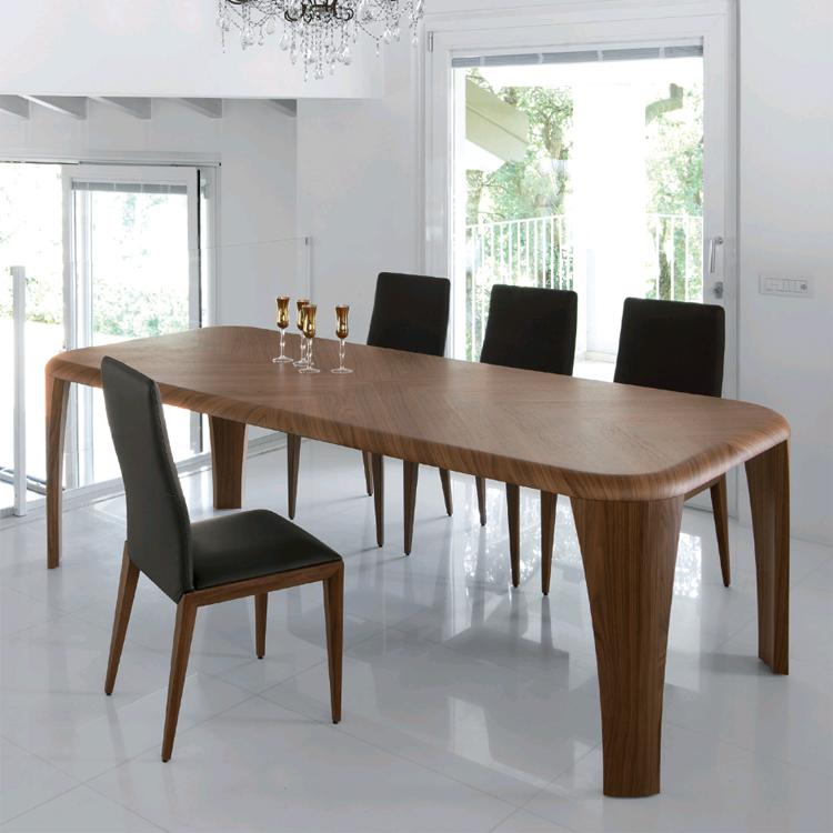 Igor, dining table from Antonello Italia