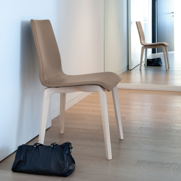 Jude-L chair from DomItalia