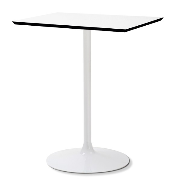 Crown-Q dining table from DomItalia