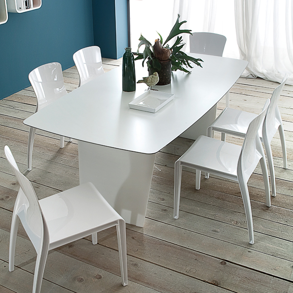 Stone-R, dining table from DomItalia