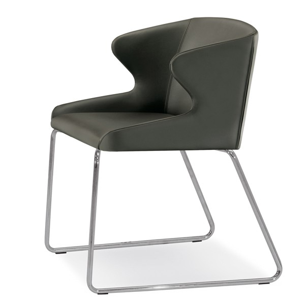 Leila 682 chair from Pedrali, designed by Manzoni e Tapinassi