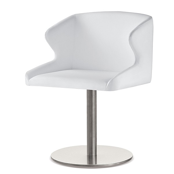 Leila 683 chair from Pedrali, designed by Manzoni e Tapinassi