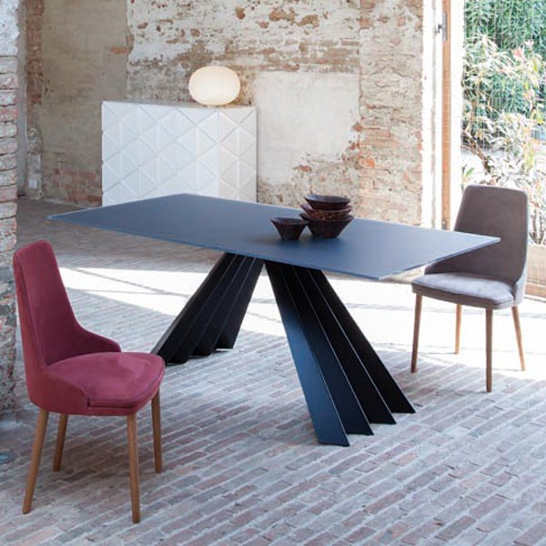 Ventaglio 8011 dining table from Tonin Casa