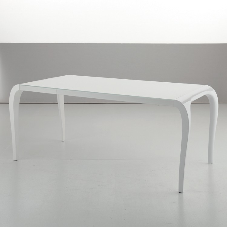 Artu dining table from Sedit