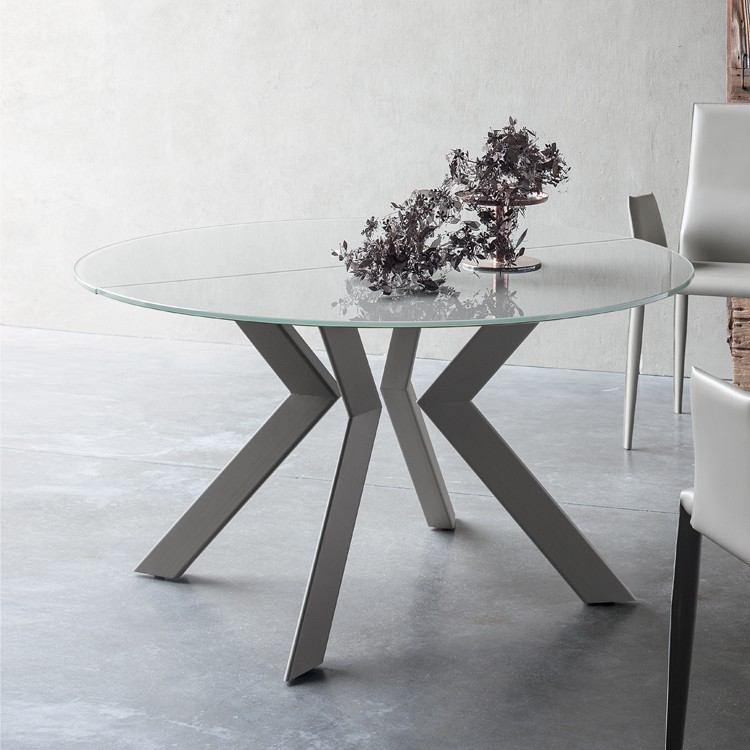Zoe dining table from Sedit