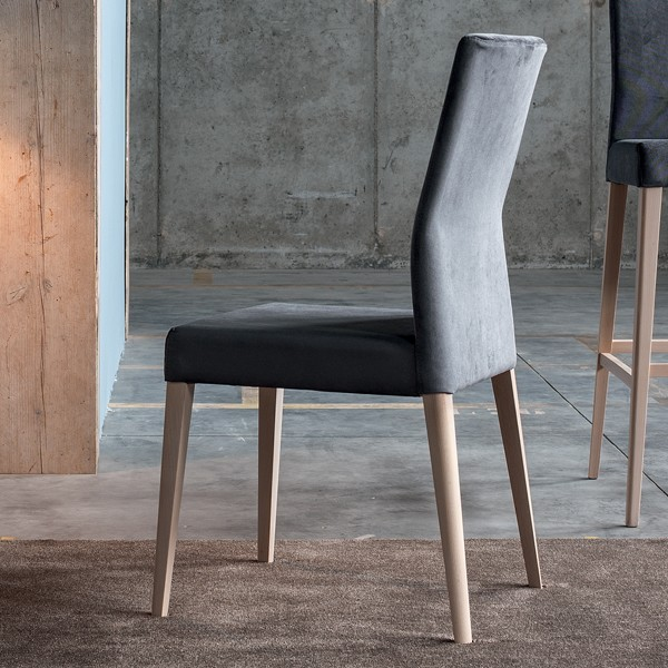 Lucrezia chair from Sedit