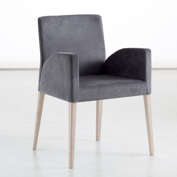 Lucrezia Lounge chair from Sedit