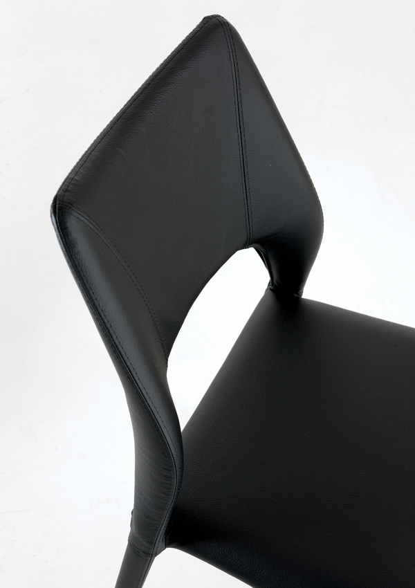 Vittoria chair from Sedit