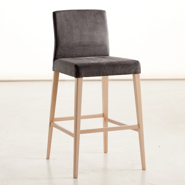 Lucrezia Max stool from Sedit