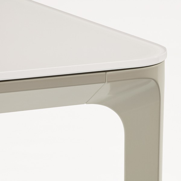 Slim 8 dining table from Sovet