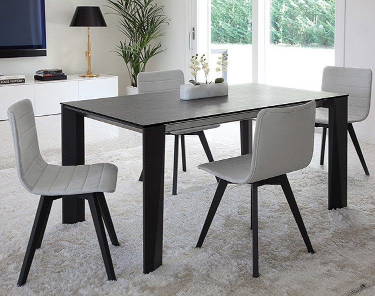 Maxim dining table from DomItalia
