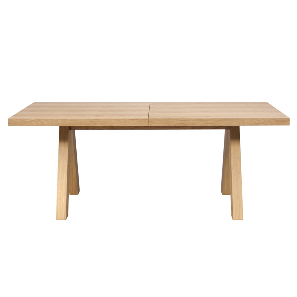 Apex dining table from TemaHome