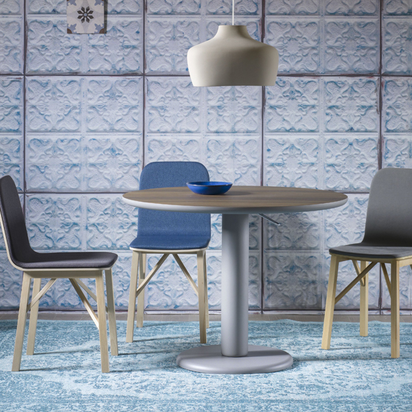 Maciste dining table from Miniforms