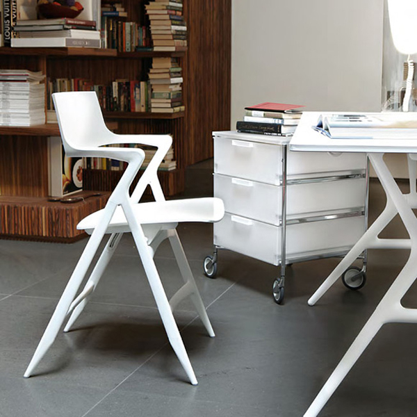 Dolly chair from Kartell, designed by Antonio Citterio