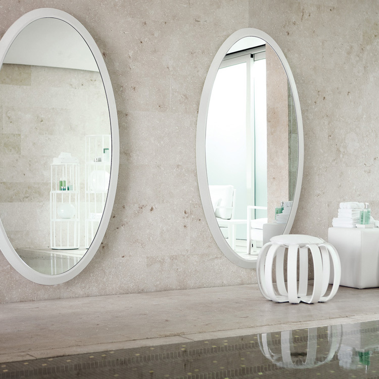 Four Seasons Oval mirror from Porada, designed by Opera Design
