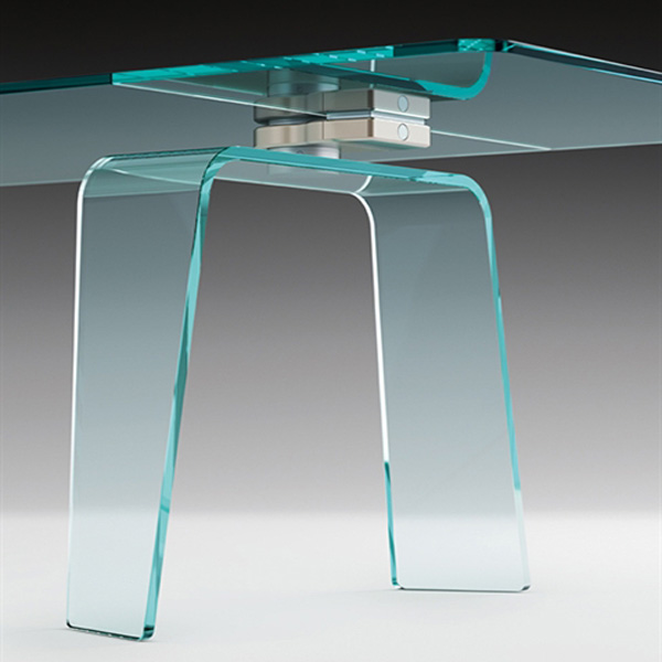 Kayo dining table from Fiam
