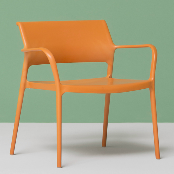 Ara Lounge 316 chair from Pedrali