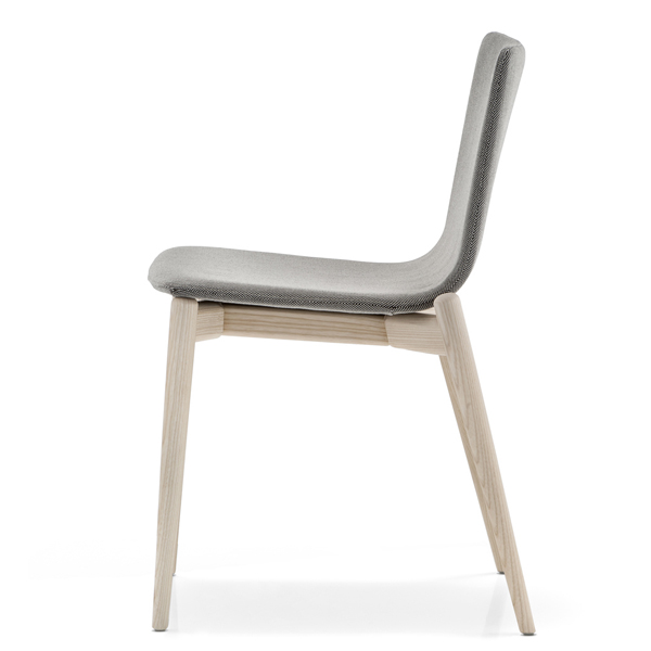 Malmo 391 chair from Pedrali, designed by CMP Design