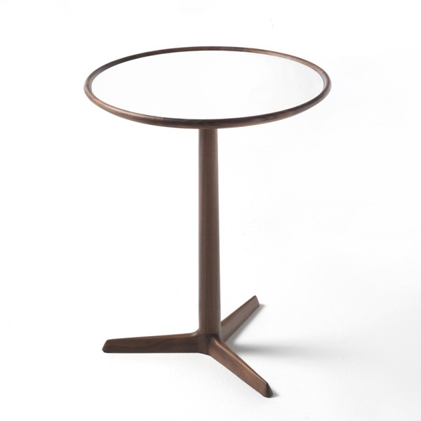Pausa end table from Porada