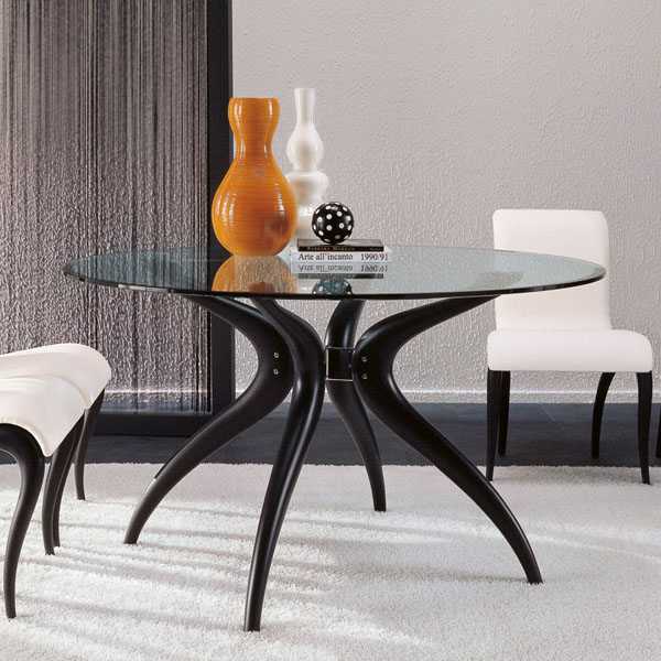 Retro Round dining table from Porada