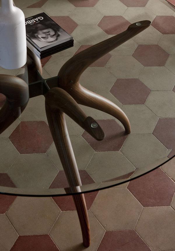 Retro Oval dining table from Porada