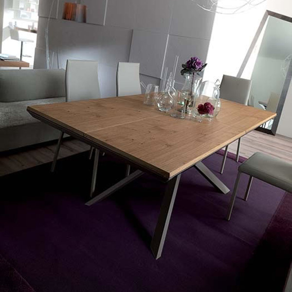 4x4 dining table from Ozzio