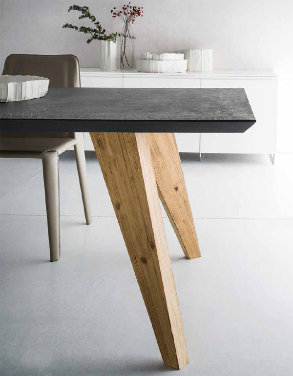 Raw dining table from Sedit