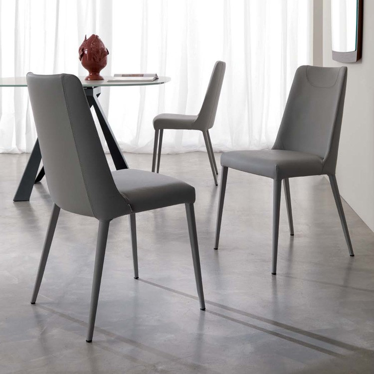 Sofia S316 chair from Ozzio