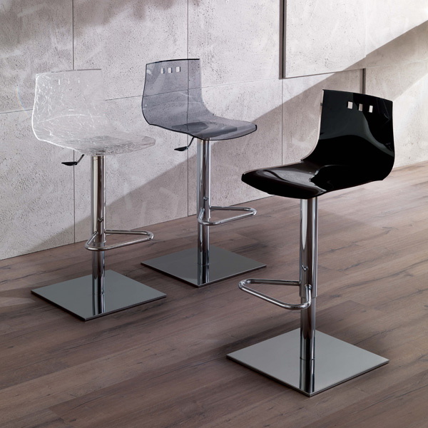 Bingo Basic S520 stool from Ozzio