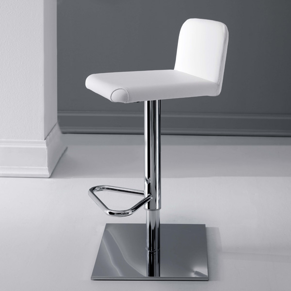 Lunette Stool S522 from Ozzio