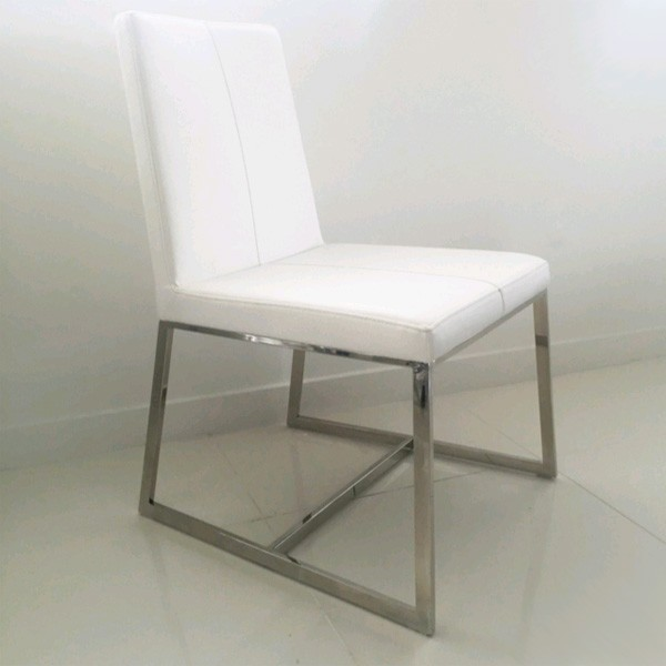 Egypto chair from Whiteline