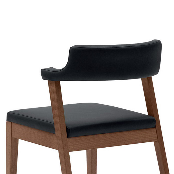 Lyra chair from DomItalia